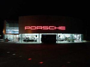 Porsche South London Garage Outside