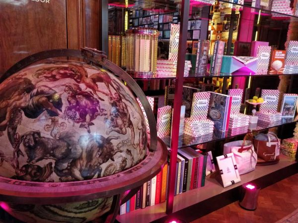 Maison Assouline Event Globe Lighting